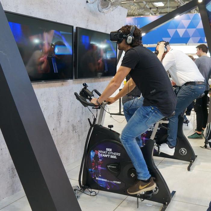 Virtual-Reality-Indoor-Cycling